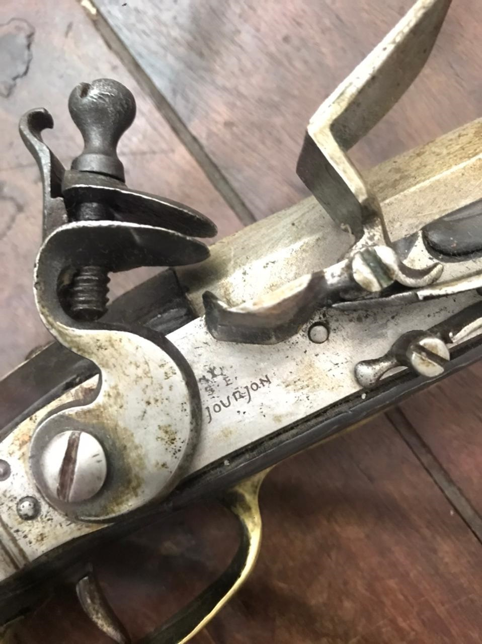 Pistolet modele 1763? Pistol11