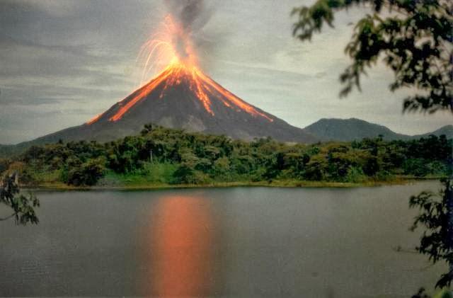 Vulkani - Page 28 Krakat11
