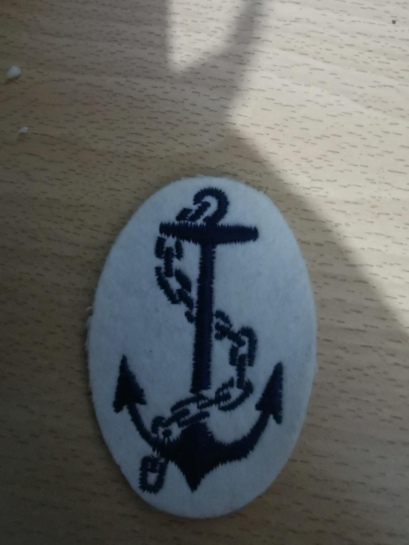 Insigne marine à identifier svp Img_2063