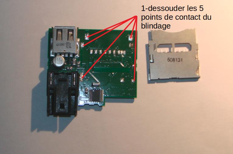 Ressort du socket SD HS, plus de GPS ! 2-dzom10