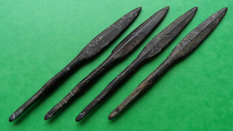 Pointes de lance en bronze. Pointe11