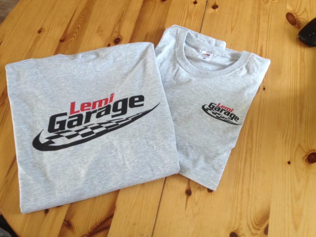 "Le garage au 1/10 ""LEMI GARAGE"" - Page 6 Img_1245"