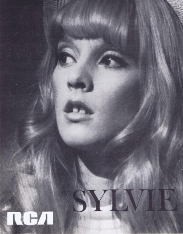 quelques minutes avec Sylvie - Page 2 Scan1065