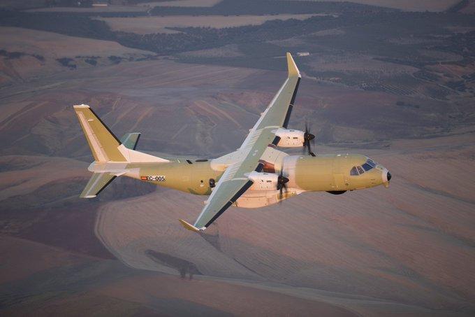 الهند لشراء 56 طائرة  نقل متوسطة جديدة  نوع C-295 من إيرباص -wjfez10