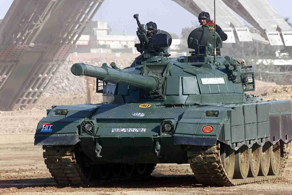 الهند ستنشر464 دبابه T-90S Bhishma اضافيه على طول حدودها مع باكستان مستقبلا 1024px11