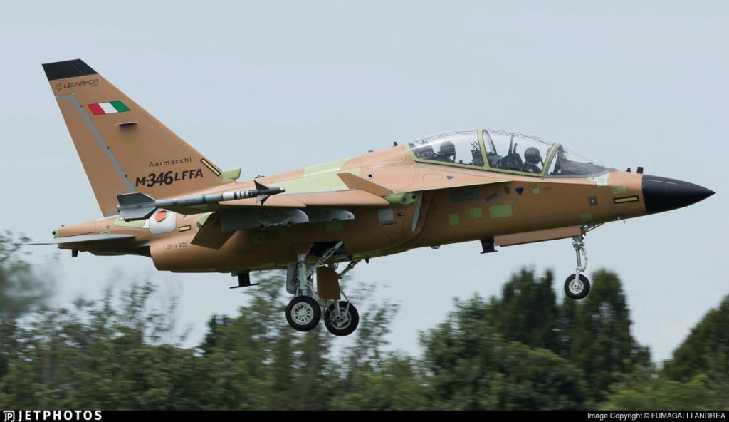 شركة Leonardo مستمره في تحقيق الهدف وتطوير طائره M-346FA الهجوميه المسلحه 10623_10
