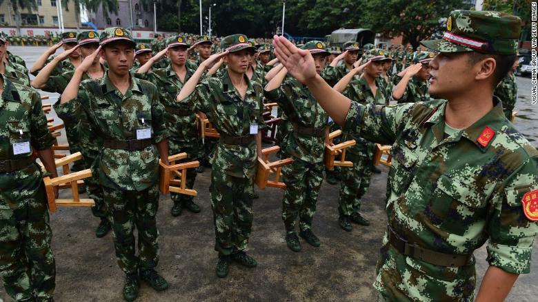 عقوبة الجيش الصيني للجندي المستقيل 19121510