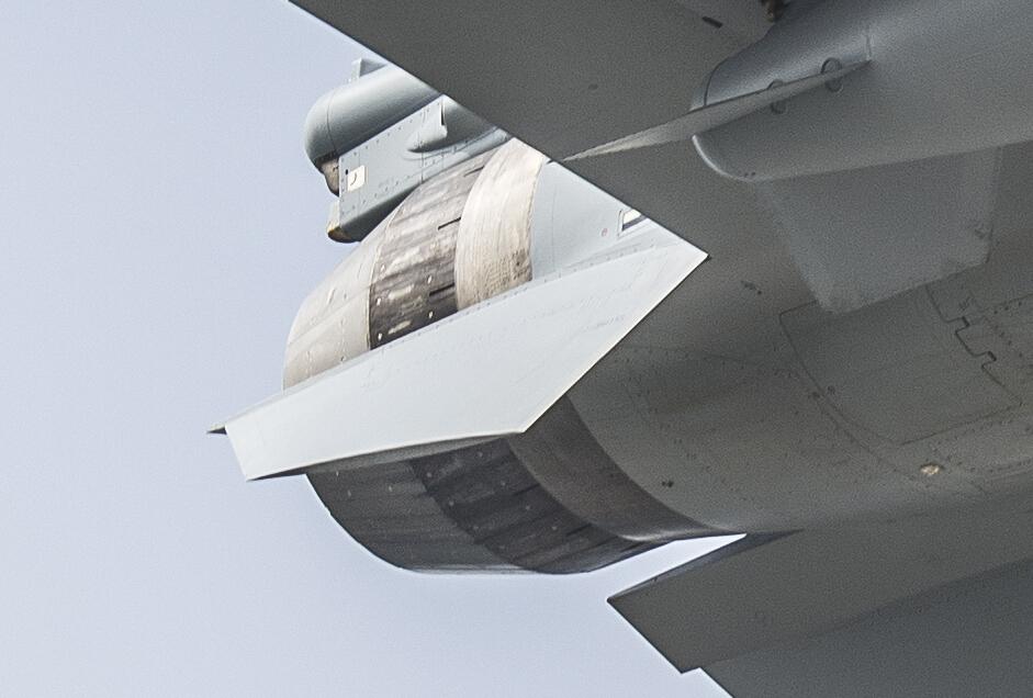 الجذور الاسرائيليه في الصناعات العسكريه الصينيه ......مقاتله J-10 كنموذج !! 193_1510