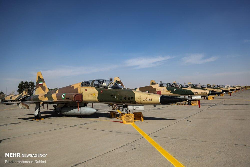 """لمواجهة التهديدات الناشئة.. إيران تجري مناورات عسكرية على """"الحرب الحديثة"""" 35906710"""