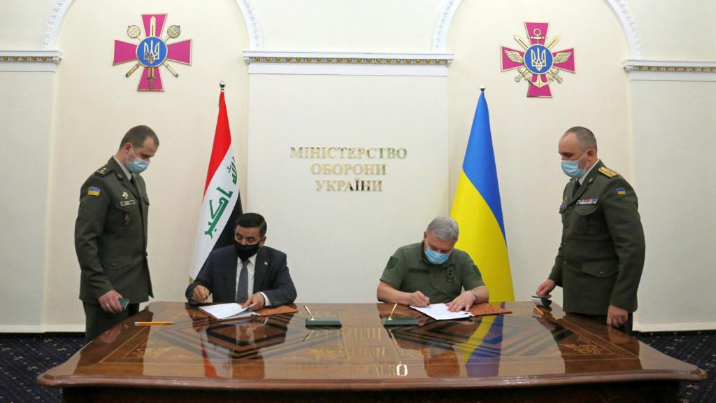 العراق يبحث مع أوكرانيا التعاون في مجالي التسليح ومكافحة الإرهاب 3df97f10