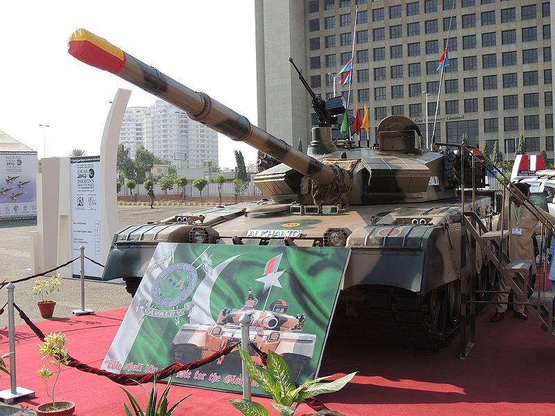 الهند ستنشر464 دبابه T-90S Bhishma اضافيه على طول حدودها مع باكستان مستقبلا 800px-11
