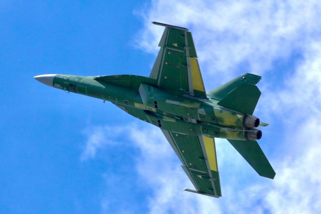 مميزات جديدة للمقاتلة  F/A-18  Super Hornet الكويتية 81702810