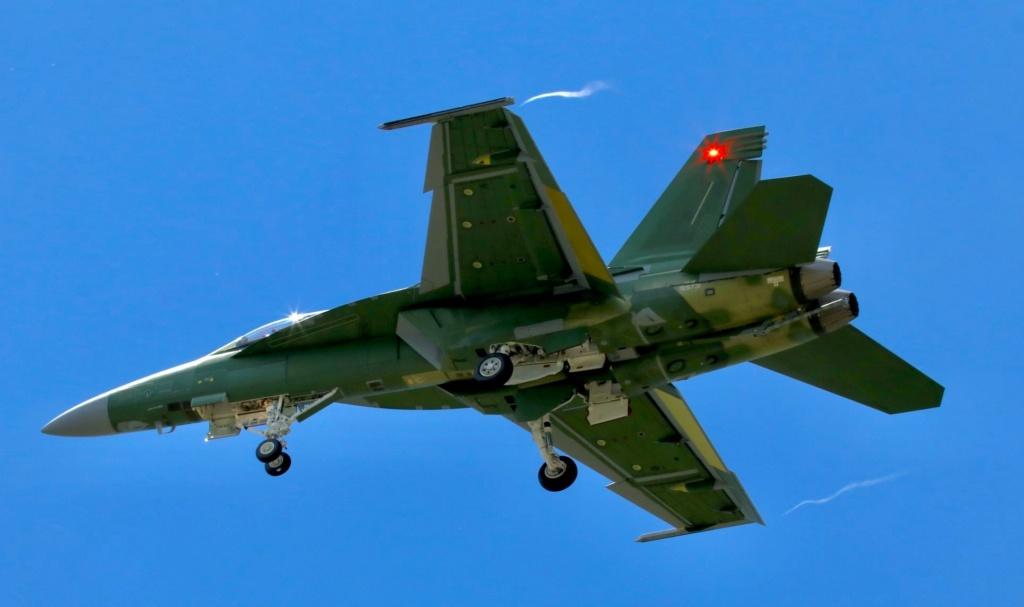 مميزات جديدة للمقاتلة  F/A-18  Super Hornet الكويتية 81706310