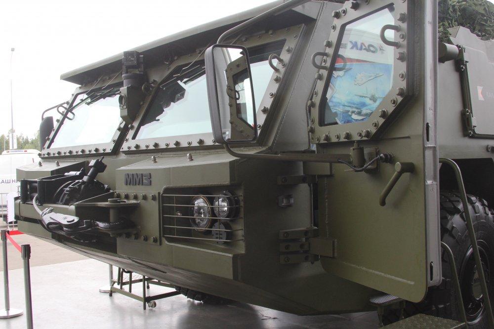 شركة كلاشنكوف الروسية تكشف عن هيل شاحنه لحمل مختلف انظمة الدفاع الجوي القصيرة والمتوسطة المدى 83247510