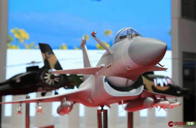 الجذور الاسرائيليه في الصناعات العسكريه الصينيه ......مقاتله J-10 كنموذج !! - صفحة 2 8cdcd410