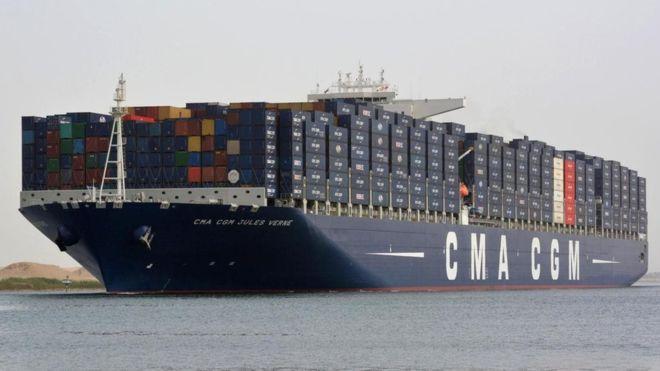 كيف تواجه قناة السويس لجوء بعض السفن إلى طريق رأس الرجاء الصالح؟ _1122410