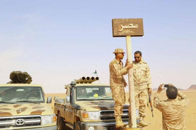 قاعدة مصرية على حدود ليبيا: خيارات محدودة أمام الوجود التركي A6_010