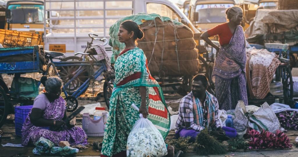 الاقتصاد والسكان: لماذا تتراجع اليابان ولا تتقدم الهند؟ Aac-110