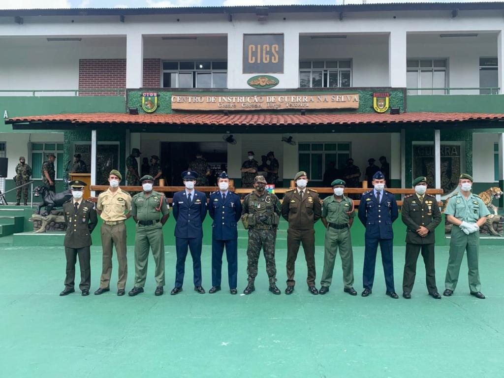 مصر تشترك في دورة عسكرية في البرازيل للتدريب على العمليات القتاليه في الادغال Assunt11
