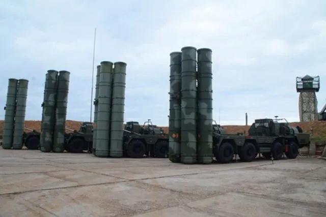 روسيا تطلب شراء 10 أنظمة دفاع جوي نوع S-500 الجديدة Captur17