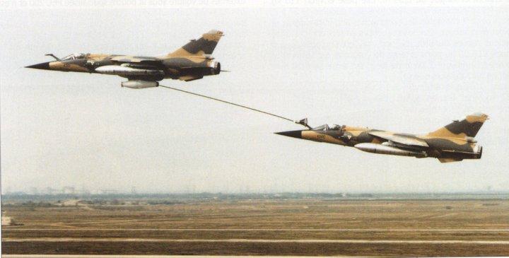 التزود بالوقود جوا بين طائرات ذات تكنلوجيات مختلفه المنشأ / سلاح الجو المصري انموذجا  D5sqhv10