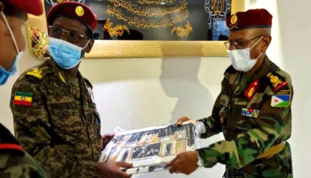 اتفاق على تعاون عسكري بين إثيوبيا وجيبوتي Dhig9010