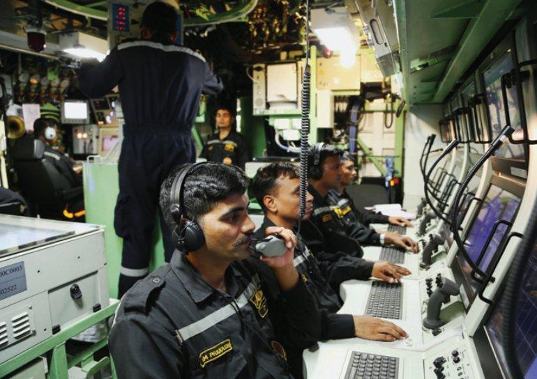 الغواصة الهجومية فئة SSK Scorpene Dn9pg310