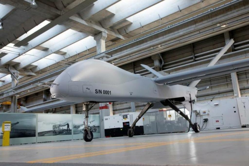 مصر مهتمه بطائرات Falco Xplorer الاستطلاعيه بدون طيار  Downlo22