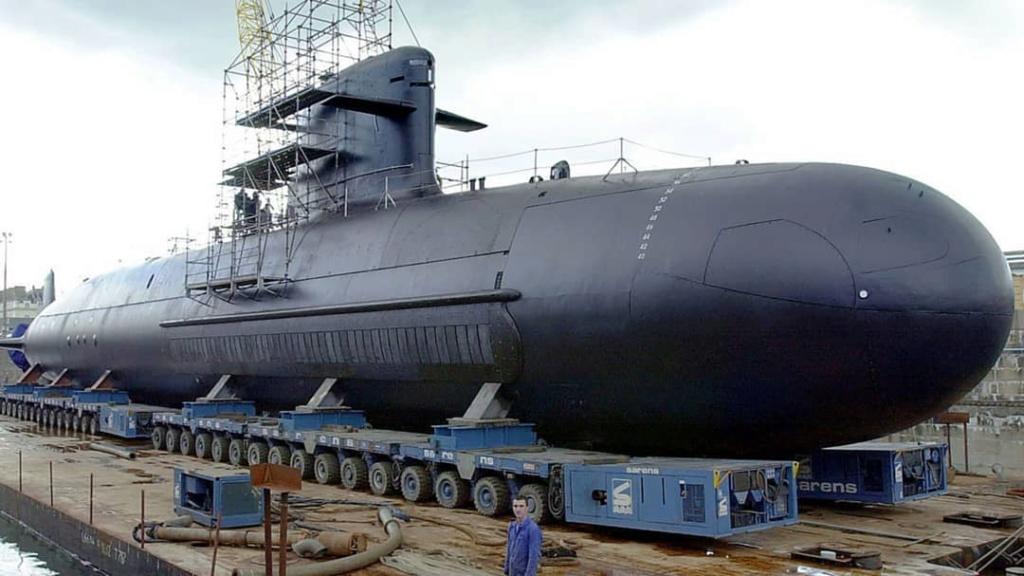 الغواصة الهجومية فئة SSK Scorpene Dqcy9-10