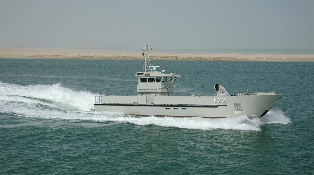 سفينة الامداد البحري السريع (طول 26 متر) من انتاج شركة أبوظبي لبناء السفن (ADSB) Dsc_0010