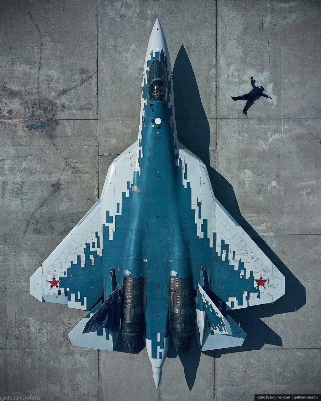 مقاتله Sukhoi T-50 PAK FA سيتغير اسمها الى Su-57  - صفحة 9 E08uq_10
