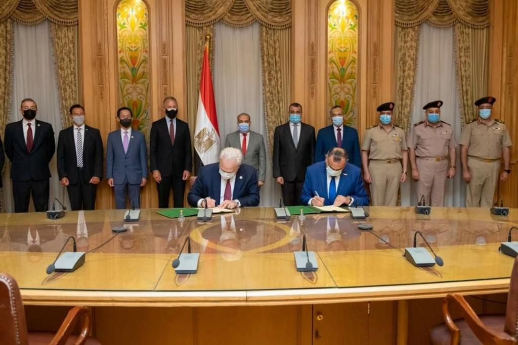 مصر ستبدأ بتصنيع مركبة HUMVEE محليًا E4fnad10