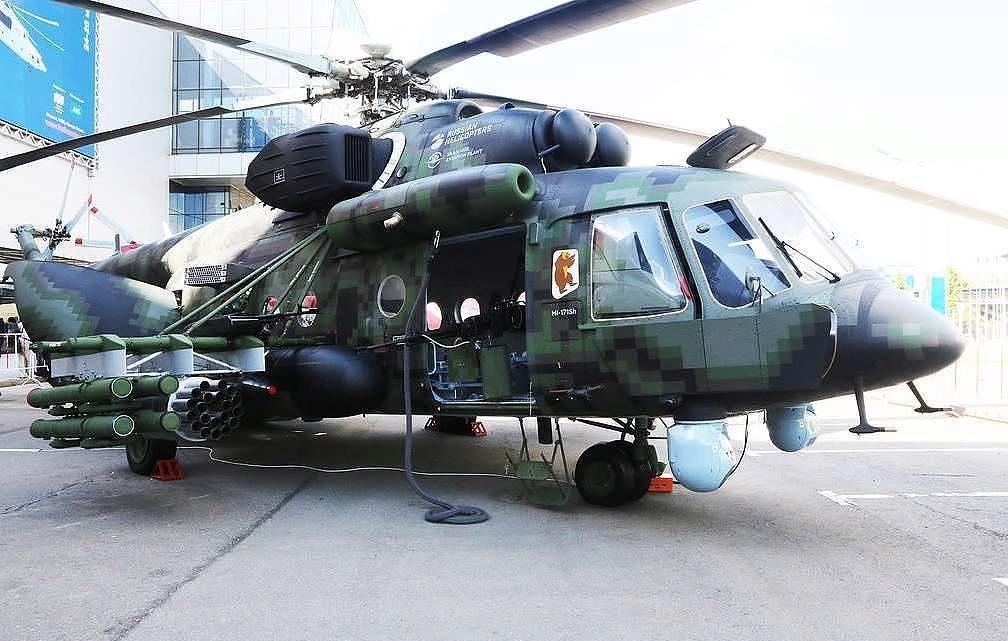 مروحية Mi-8AMTSh-VN الروسية الجديدة تبدأ تجارب الطيران  Edj0pt10