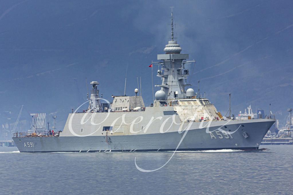 سفينة (Ufuk (A 591 التركية لجمع المعلومات الاستخبارية تبدأ التجارب البحرية Edjn0z10