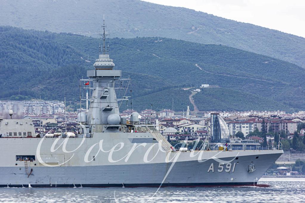 سفينة (Ufuk (A 591 التركية لجمع المعلومات الاستخبارية تبدأ التجارب البحرية Edjn2b10