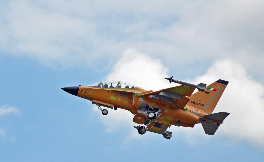 شركة Leonardo مستمره في تحقيق الهدف وتطوير طائره M-346FA الهجوميه المسلحه Edmfii10