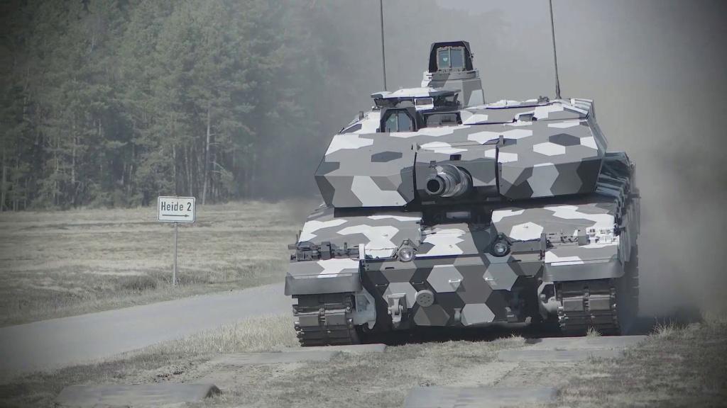 Rheinmetall تتقدم في مشروع تطوير مدفع  دبابة من الجيل القادم عيار 130 ملم Eepzdf13