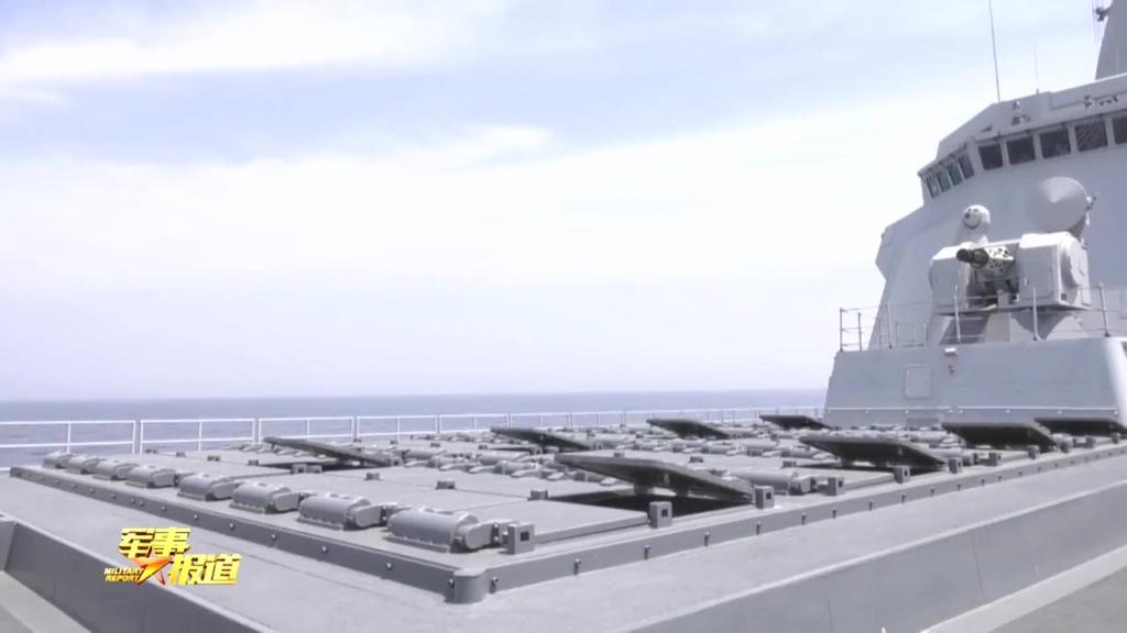 هل تستطيع المدمره الصينيه Type 055 الجديده ان تغرق سفن البحريه الامريكيه ؟!! Eeqloe11