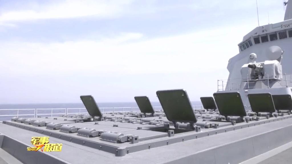 هل تستطيع المدمره الصينيه Type 055 الجديده ان تغرق سفن البحريه الامريكيه ؟!! Eeqlof10