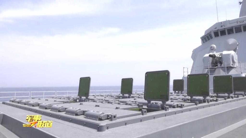 هل تستطيع المدمره الصينيه Type 055 الجديده ان تغرق سفن البحريه الامريكيه ؟!! Eeqlof11