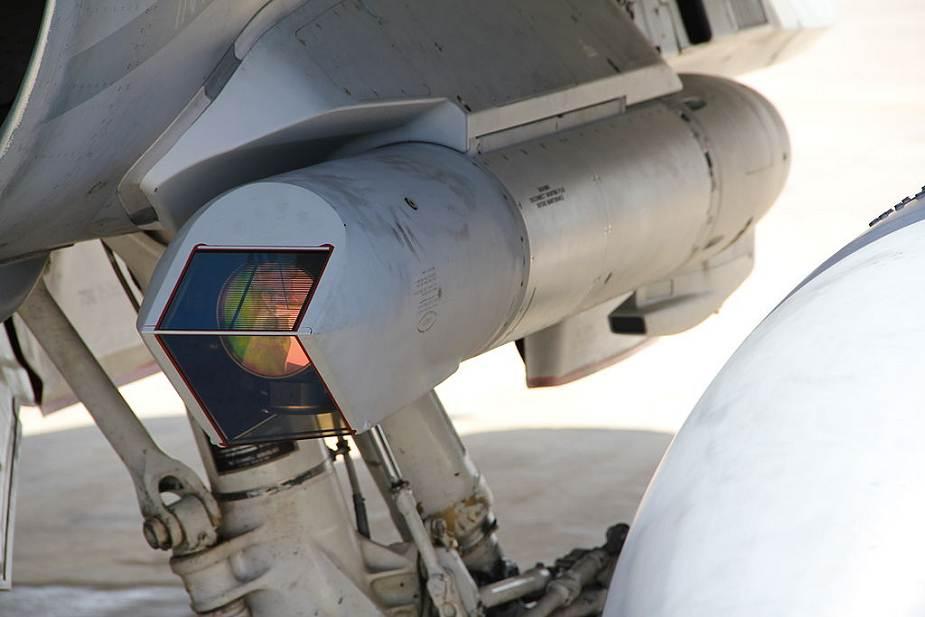 مصر تشتري بودات تهديف AN/AAQ-33 Sniper المتقدمه من الولايات المتحدة Egypt_10