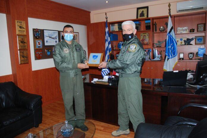 وفد من القوات الجوية المصرية  يزور قاعدة Nea Anchialos الجوية في اليونان Egypti10
