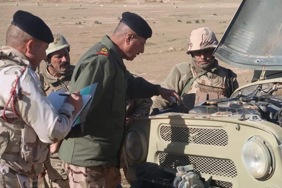 تطويرات عراقيه لعربات UAZ-3151 السوفييتيه الصنع Eh5a6z10