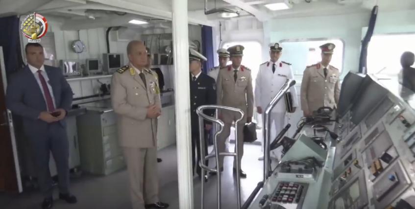 مصر قد تكون مهتمه بكورفيت Type-056 الصيني  Eht2vm10