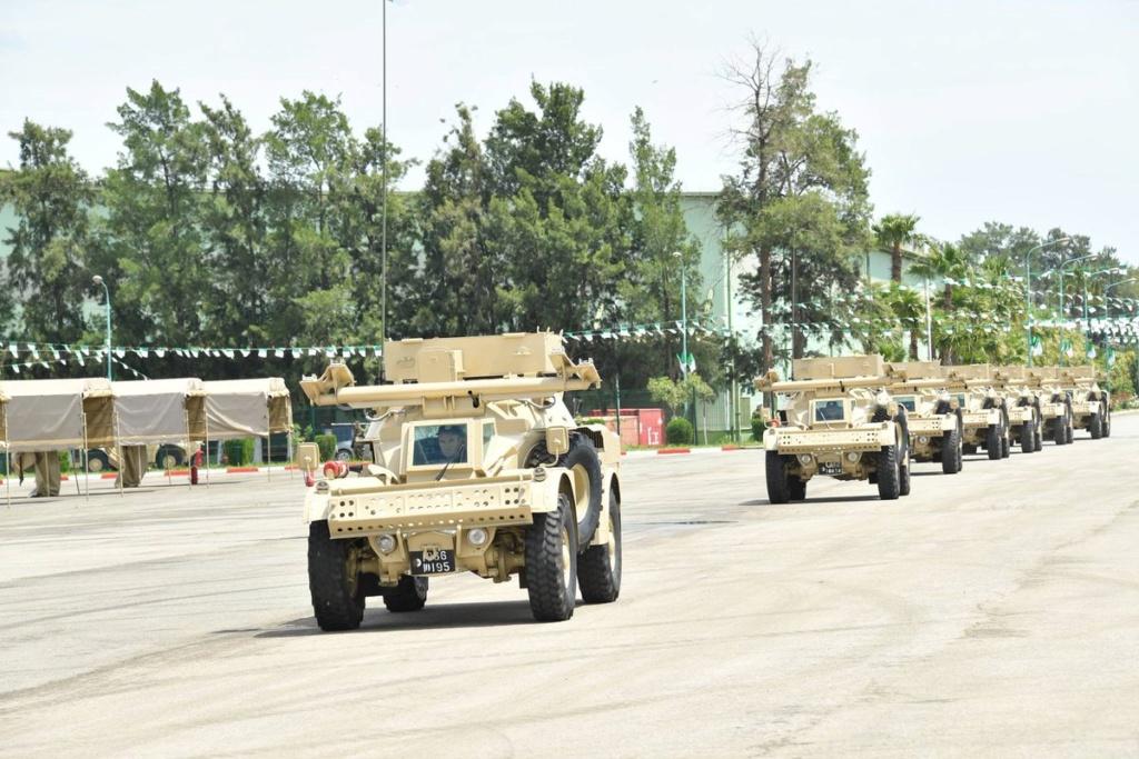 الجيش الجزائري يطور مركبة مدرعة جديدة مضادة للدبابات تعتمد على مدرعه AML الفرنسية Ehukho11
