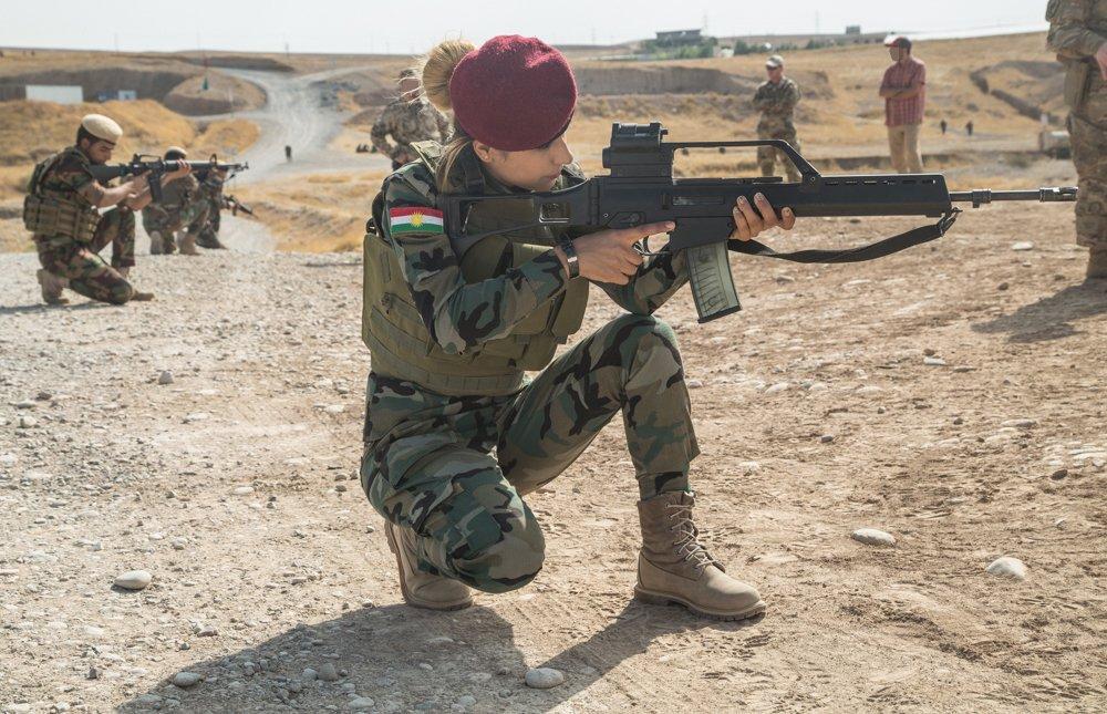 قوات البيشمركه الكرديه  - صفحة 2 Eic_e210