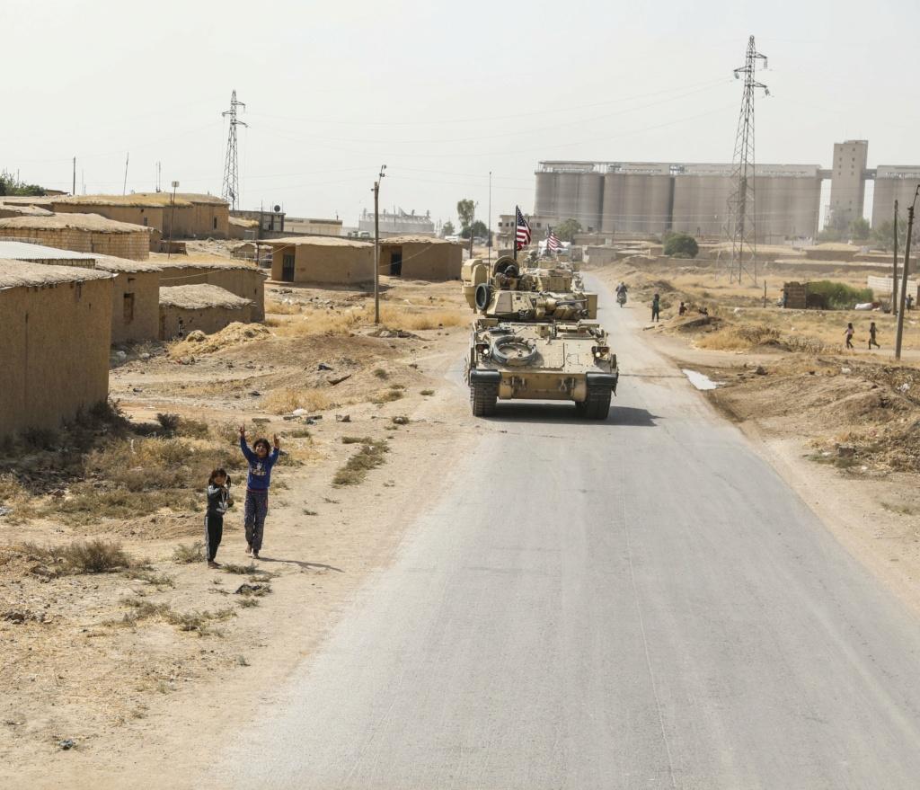 الحرب في سوريا: الولايات المتحدة ترسل تعزيزات عسكرية إلى شمال شرقي البلاد بعد اشتباكات مع روسيا Eih27d11