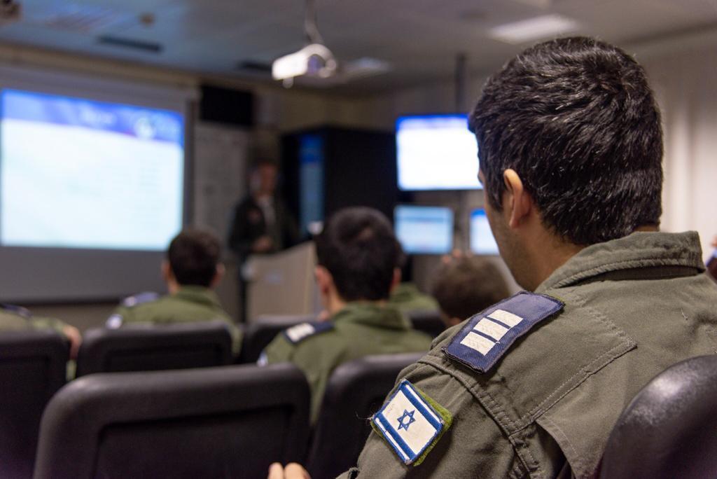 مقاتلات اسرائيلية نوع F-35 ستشارك في مناورات Blue Flag  الجوية المشتركة للمرة الأولى Eiwuom11