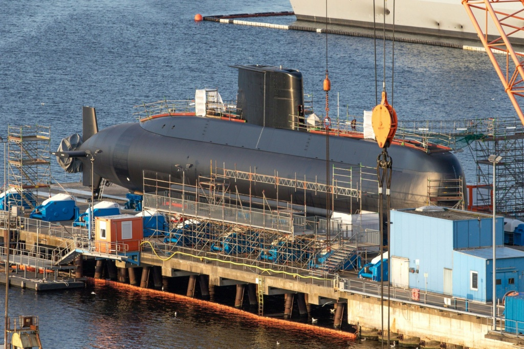 ألمانيا تنتهي من صنع الغواصة الرابعة من فئة تايب 209 الخاصة بالجيش المصري Ejfwrb10