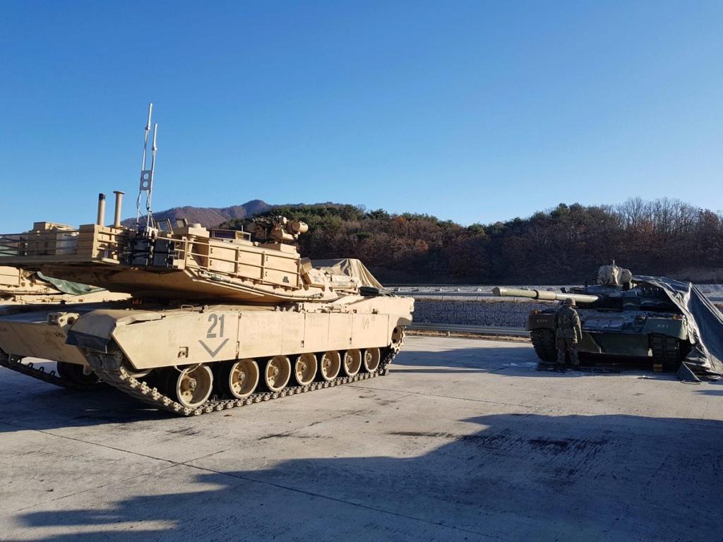 الجيش الامريكي يختبر دبابه T-80 الروسيه الصنع  Ejopkf11